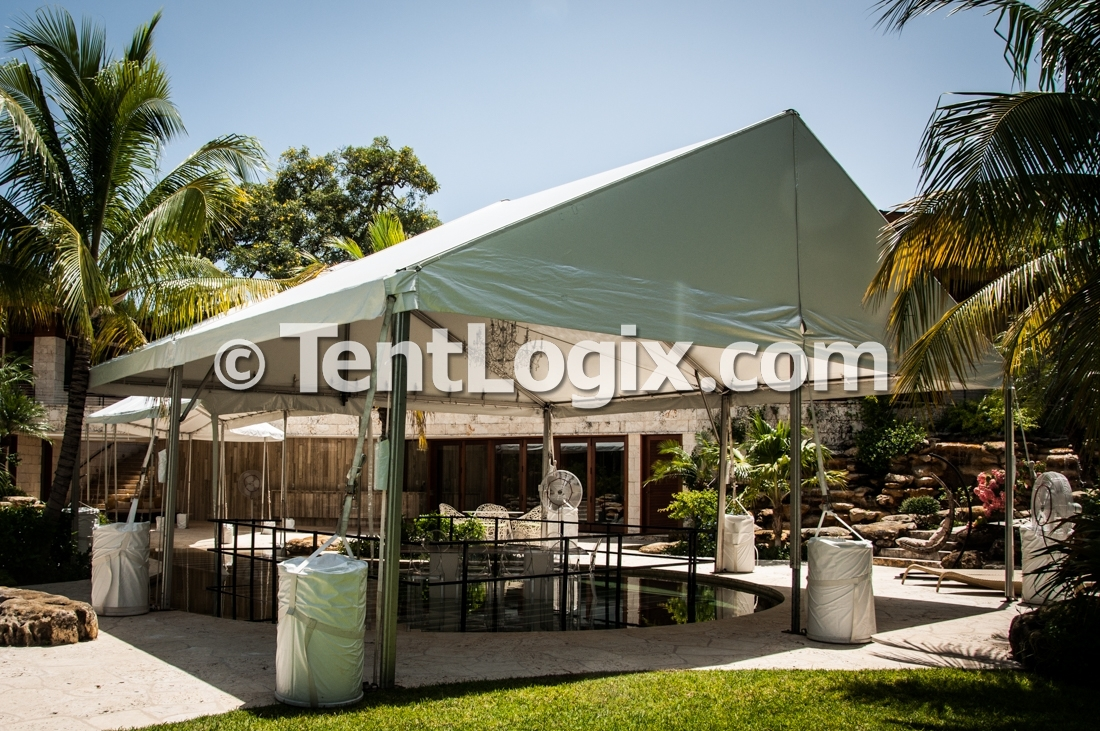 Pool Covers - Jupiter & Clear Acrylic Pool Covers | Tentlogix